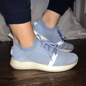 Light blue PUMA shoes